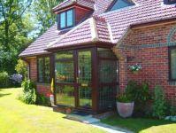фото деревянные входные двери со стеклом для коттеджа