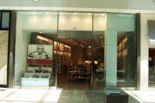 фото входные двери для магазина обуви