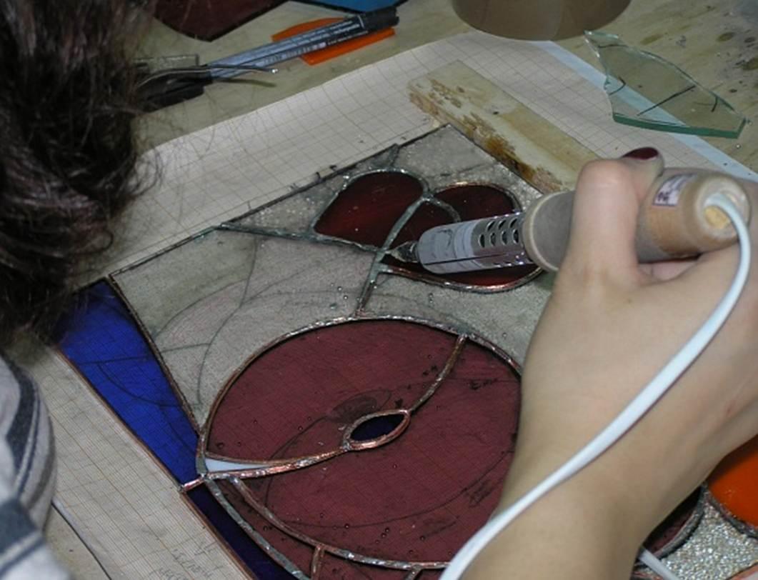 Как сделать подарочную круглую коробку своими руками