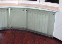 фото стеклянные экраны для батарей отопления