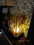 фото лампа из цветного витража