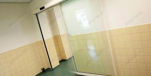 фото раздвижные прозрачные автоматические межкомнатные двери