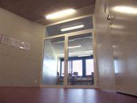 фото большые распашные прозрачные алюминевые стеклянные двери