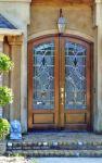 фото двухпальные деревянные двери со стеклом