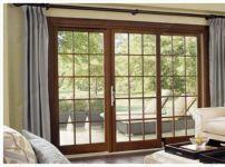 фото одностворчатые деревянные двери со стеклом