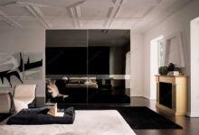 фото зеркальные дизайнерские затемнённые двери для шкафа-купе