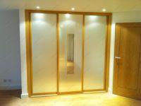 фото зеркальные двери с матовым покрытием для шкафа-купе