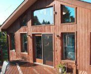 фото деревянная телескопическая входная группа для загородного дома