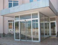 фото наружные раздвижные двери для магазина