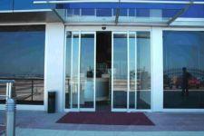 фото автоматические двери для отеля