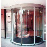 фото автоматические радиусные двери