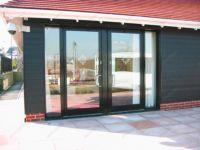 фото автоматические металлические распашные двери детского оздоровительного центра