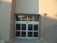 фото автоматические раздвижные двери дома детского творчества
