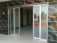 фото входные автоматические телескопические двери в магазин самообслуживания