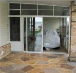 фото одностворчатая входная дверь в частный дом