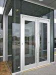 фото стальная входная дверь в жилой дом