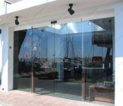фото автоматические стеклянные входные двери для магазина