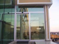 фото алюминевые одностворчатые входные двери