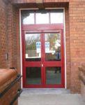 фото алюминевые распашные входные двери