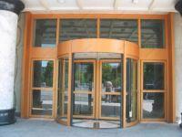 фото карусельные двери для ювелирного магазина
