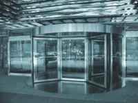 фото карусельные двери из не ржавеющей стали