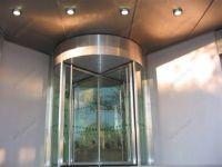 фото карусельные двери из стального профиля
