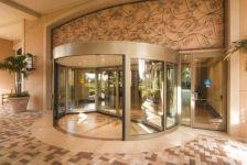 фото карусельные мультиофсадные двери