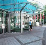 фото радиусные автоматические двери для торгового центра