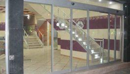 фото телескопические раздвижные двери для гостинницы