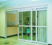 фото телескопические раздвижные пластиковые двери в городской больнице