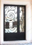 фото кованные входные двери с зеркалами
