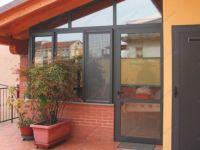 фото металлические двери со стеклом для котеджа