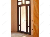 фото металлические однопальные двери со стеклом