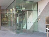 фото автоматические раздвижные двери (стеклянные) для аэропорта