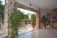 фото автоматические раздвижные двери (стеклянные) для отеля