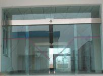 фото автоматические раздвижные двери (стеклянные) для вокзала