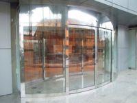 фото круглые двери для мебельного салона