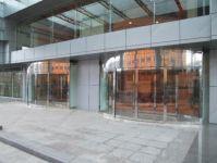 фото круглые двери для торгового центра