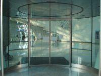 фото круглые двери со стеклом