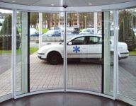 фото круглые металлические двери