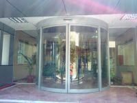 фото круглые раздвижные двери