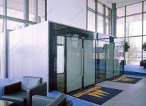 фото маятниковые распашные двери для жд вокзала
