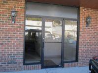 фото алюминиевые распашные двери входные