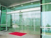 фото стеклянные автоматические входные двери