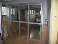 фото телескопические двери для больницы