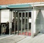 фото телескопические раздвижные двери