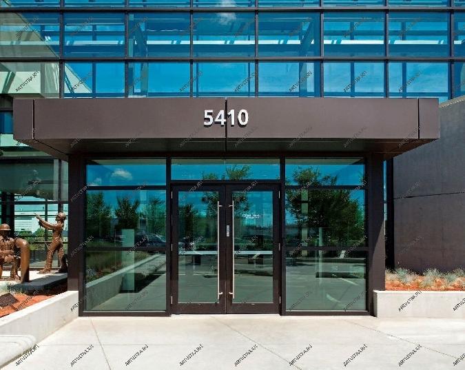 наружные входные двери для общественных зданий