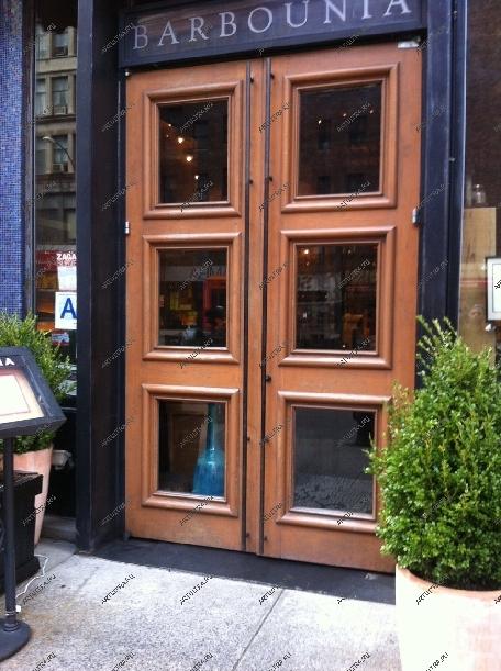 входные двери металлические для ресторана