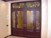 фото цветное стекло на дверь