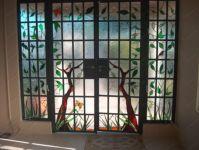 фото декоративная распашная дверь